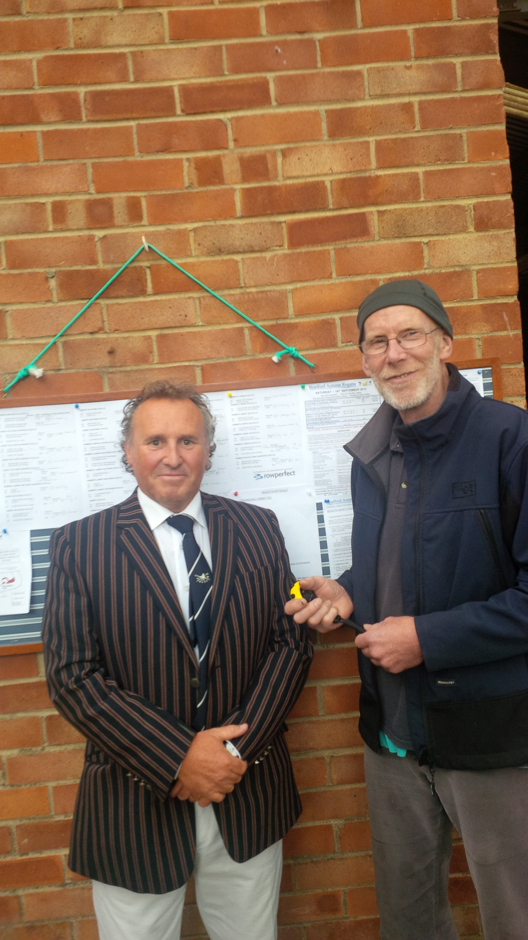 Hugh Scott (winning Coach) Bradford Amateur RC receives OarRATER rating watch sponsored by Rowperfect