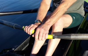 Handle grip for sculling
