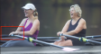Sculling with long finger nails