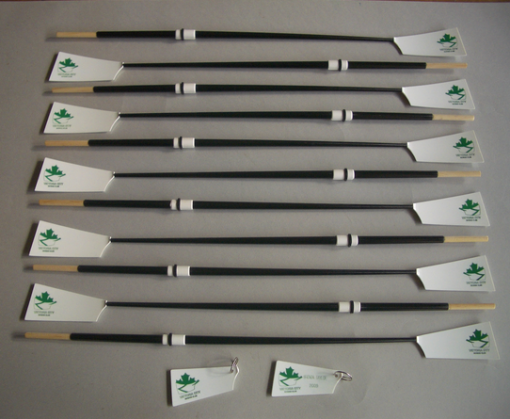Miniature oars crew set
