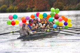 Happy rowing with balloons