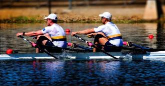 Perfect catch backsplash rowing,
