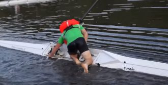 capsize rowing boat, vivo life jacket