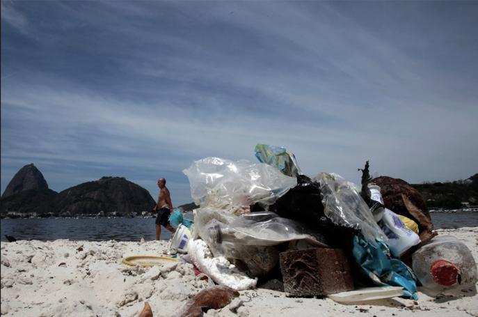 Rio Beach with plastic rubbish